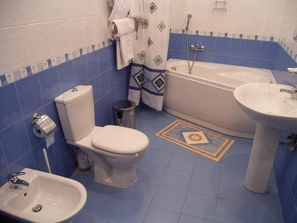 Ремонт стен ванной комнате своими руками