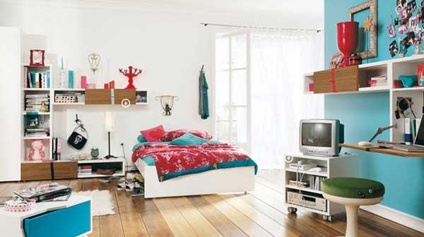 Дизайн светлой подростковой комнаты