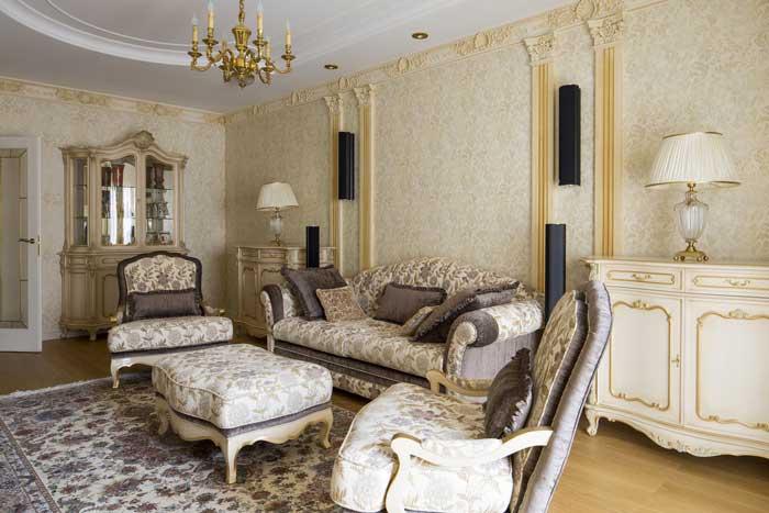 Роскошная мебель для гостиной кремового оттенка