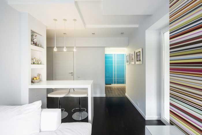 Барная стойка в кухне совмещенной с гостиной 2014