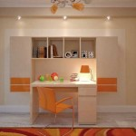 Письменный стол и шкаф в небольшой детской комнате. Фото 20