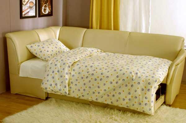 Спальные угловые диваны на кухню