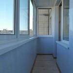 Панели пвх на балконе. Фото