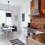 Декоративный кирпич в интерьере кухни. Фото