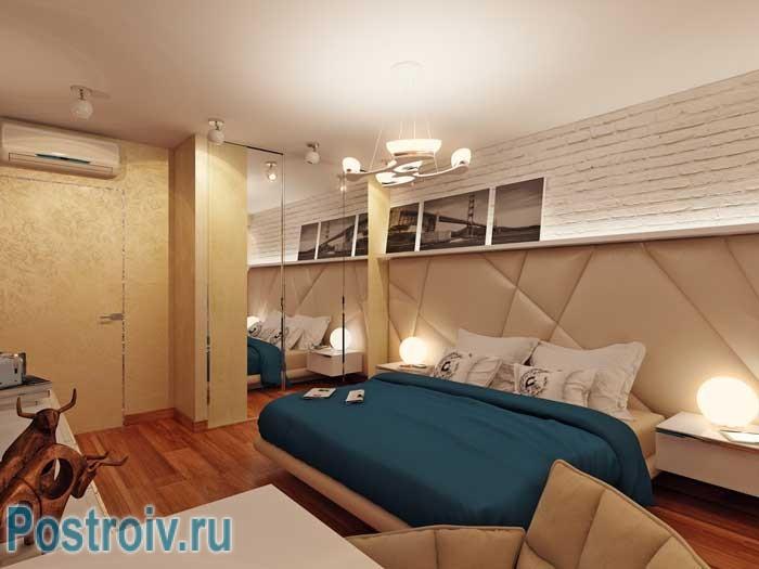 Дизайн светлой спальни. Изголовье кровати во всю стену. Фото 3