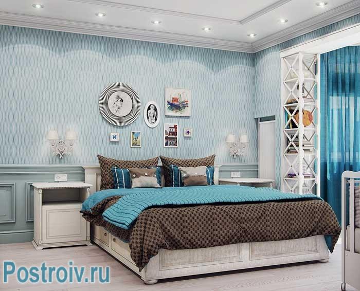 Дизайн спальни 18 кв. м. в скандинавском стиле. Голубые обои