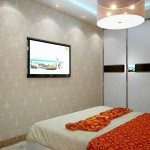 Светлые обои с орнаментом в спальне. Дизайн проект