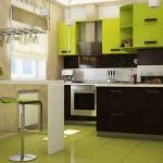 Дизайн зеленой кухни венге с барной стойкой. Фото 17