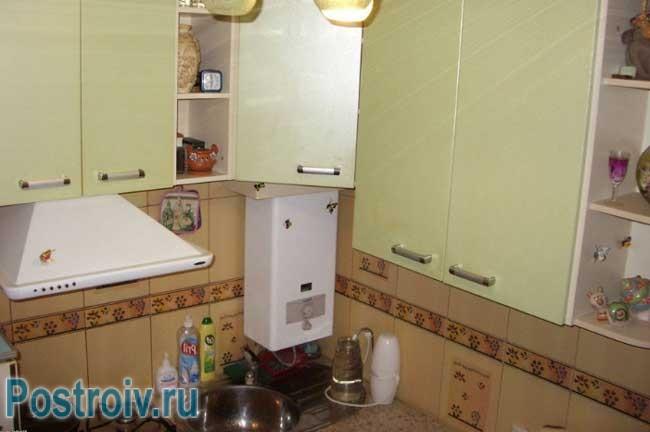 Кухня 16 кв м дизайн фото с барной стойкой