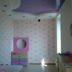 Натяжной потолок в детской