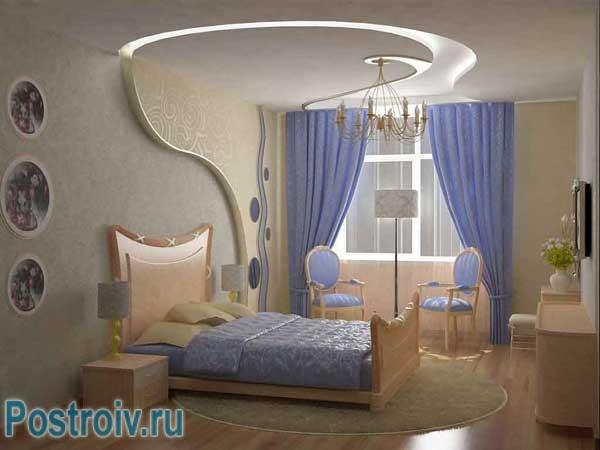 Роскошные голубые шторы для спальни молодых