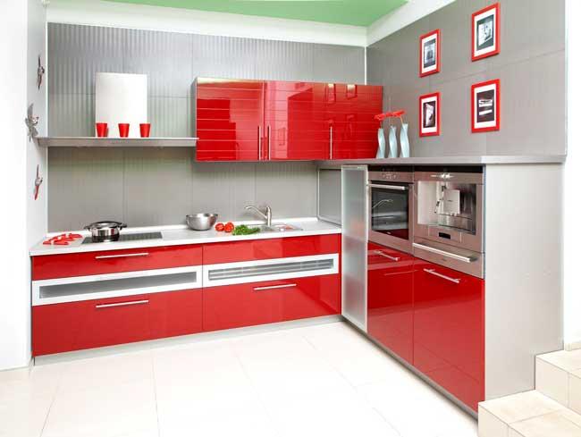 Стеклянные панели кухонного фартука закаленные