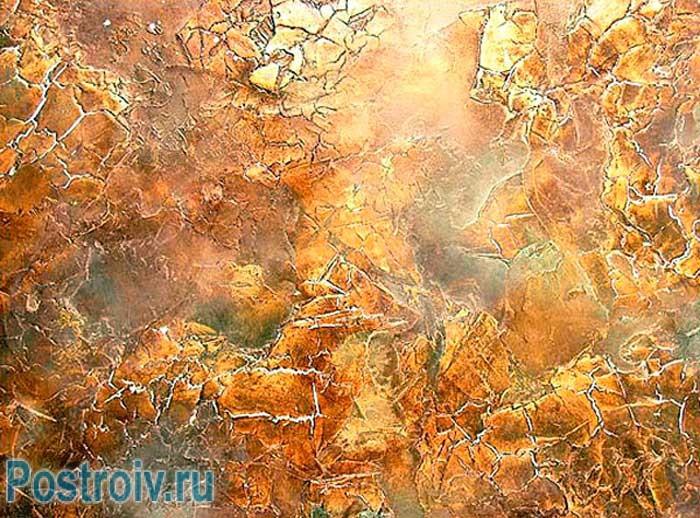 Декоративная штукатурка стены под мрамор красиво