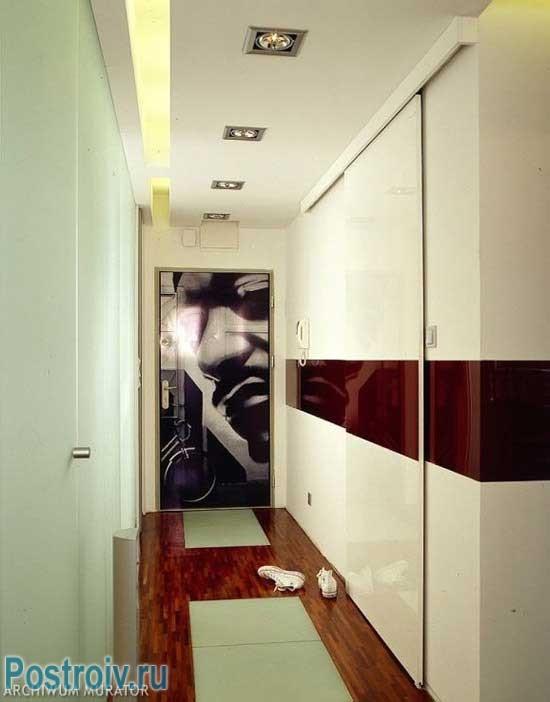 Дизайн узкого коридора. Фото