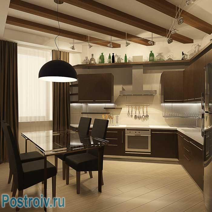 Угловая кухня с балками на потолке. Фото