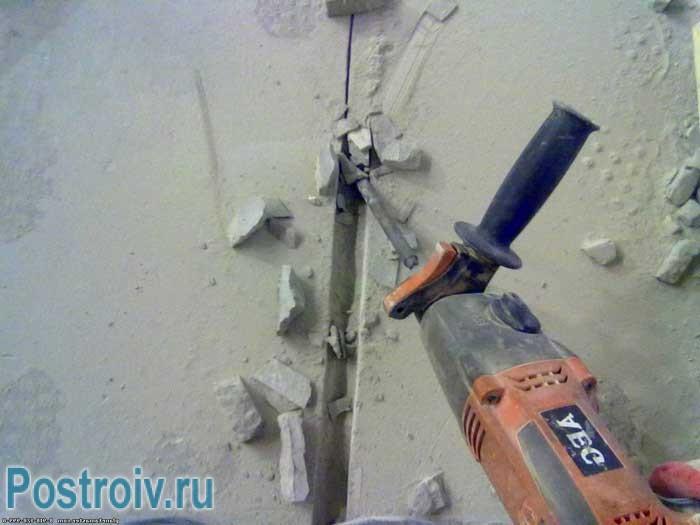 Придется штробить стены для укладки электропроводки