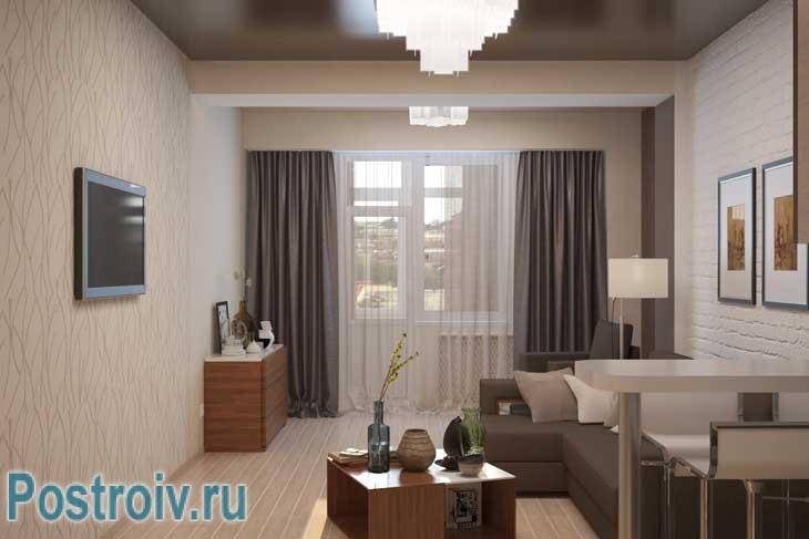 Гостиная совмещенная с кухней кофейных оттенков. Модные плотные шторы на окнах - Фото