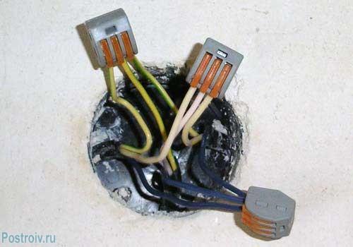 Многоразовый зажим для проводов с рычажком - Фото