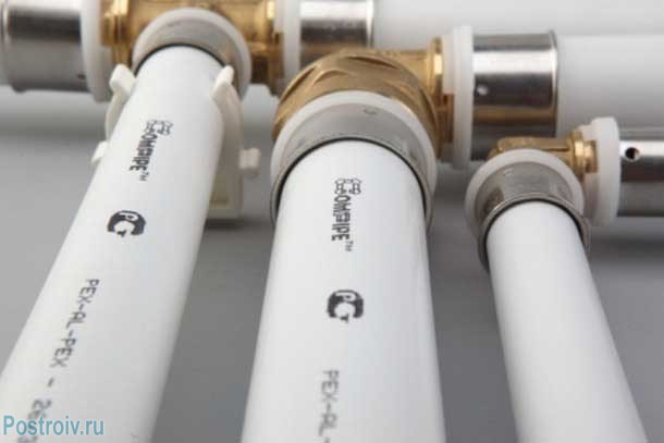 Соединение металлопластиковых труб. Фото 4