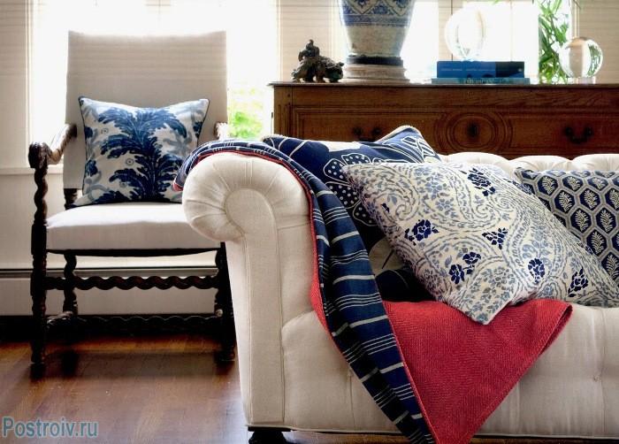 Текстиль в роли декора интерьера - Фото 18