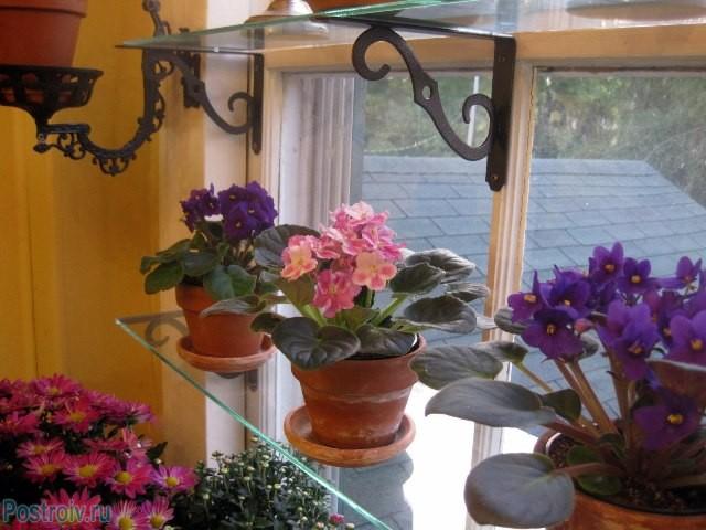 Обустройство подоконника под цветы - Фото 16