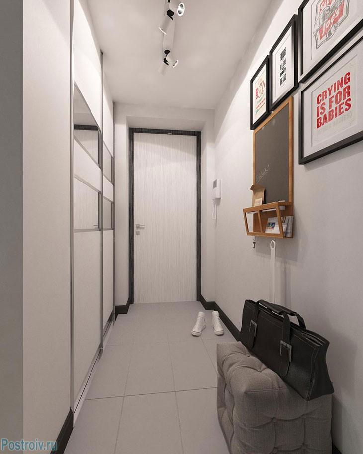 Прихожая в двухкомнатной квартире. Фото