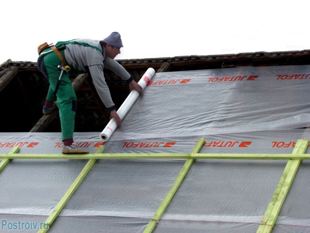 Укладка пароизоляции на крыше - Фото 10