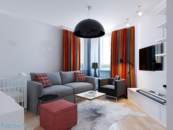 Яркие шторы в скандинавском стиле. Фото
