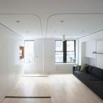 Белый потолок в квартире студии. Фото
