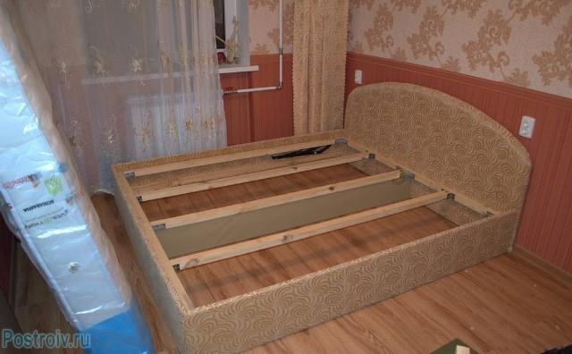 Кровать с ящиками своими руками фото