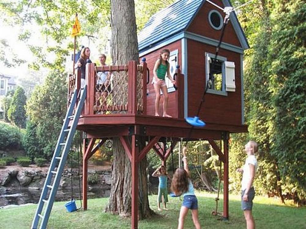 Как сделать дом на дереве одному