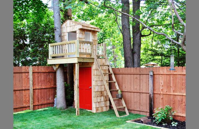 Как сделать дом на дереве своими руками для детей во дворе 23