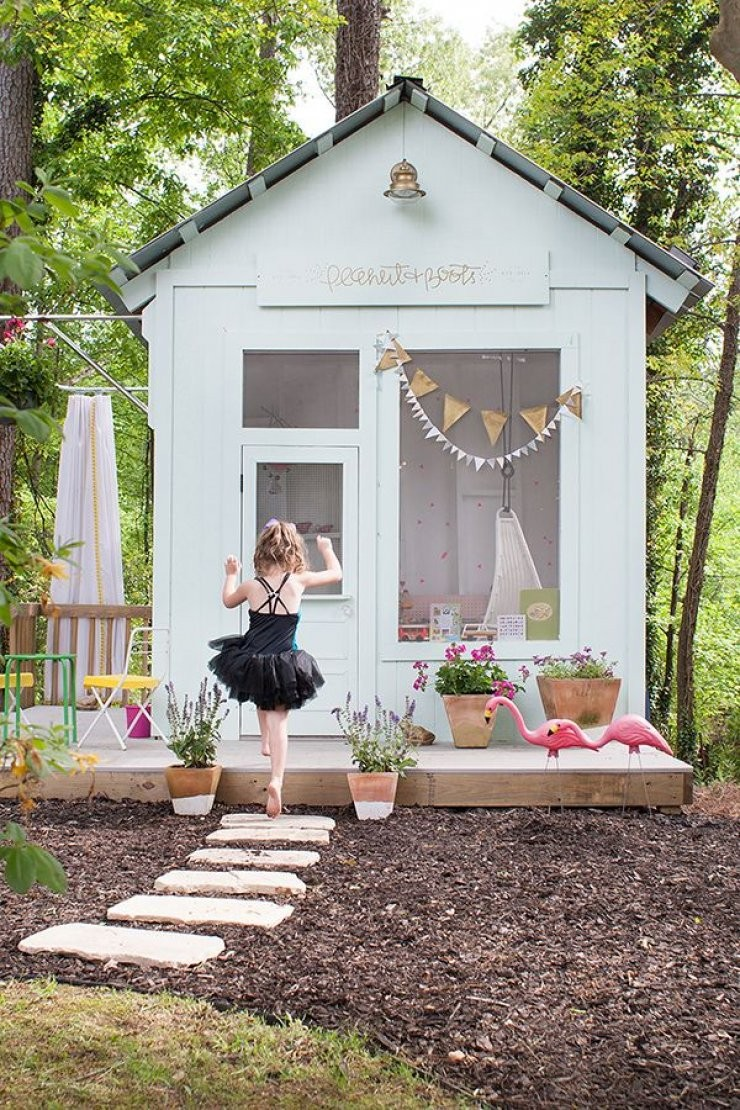Домики для девочек во дворе своими руками фото