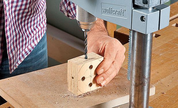 Как сделать квадратное отверстие в бруске