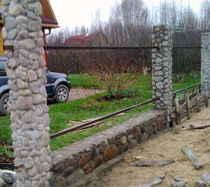 Каменные дома своими руками видео
