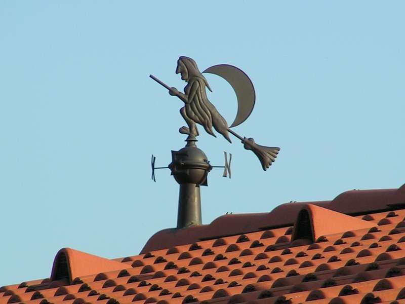 Как правильно сделать флюгер на крыше