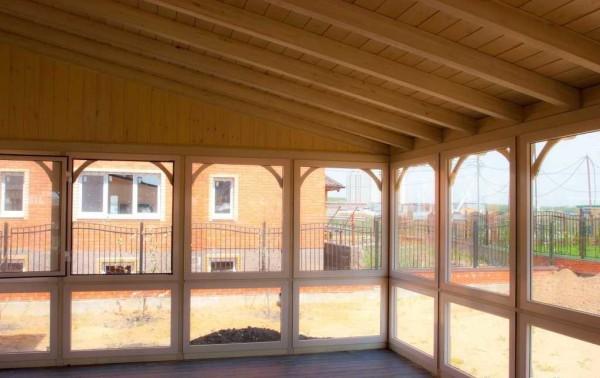 veranda-na-dache-15-600x378