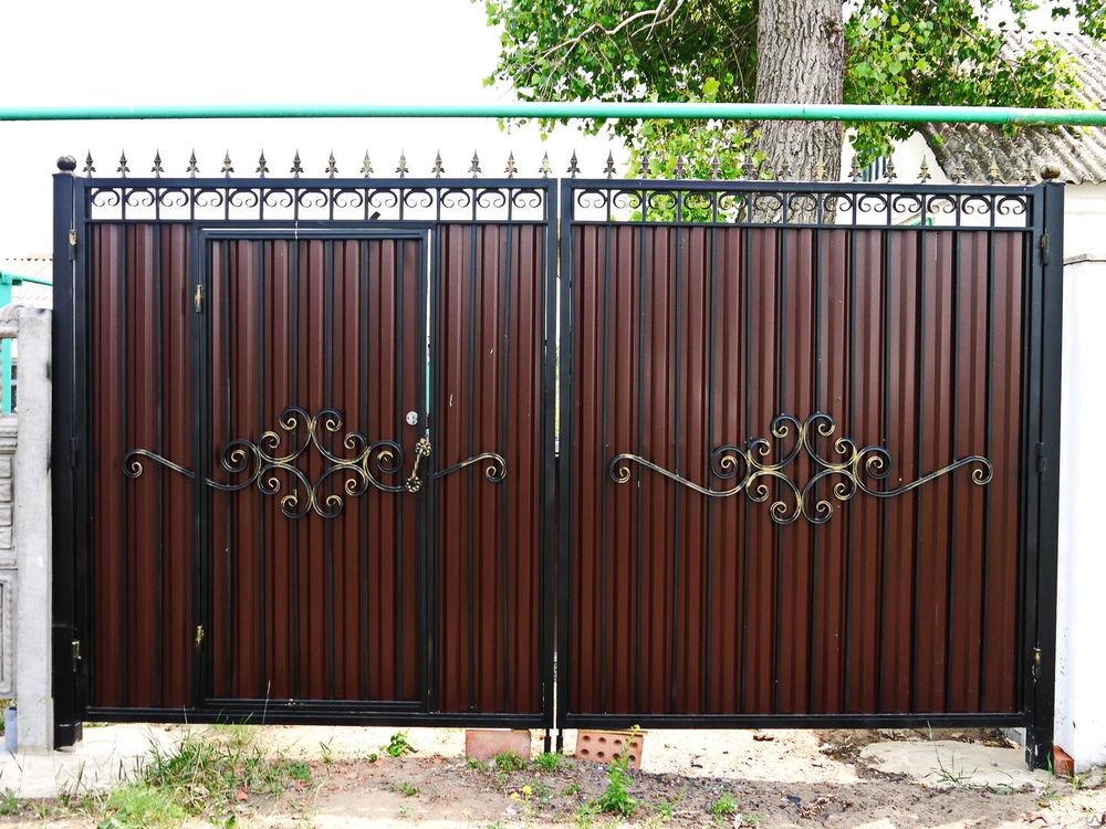 Ворота с калиткой из профлиста своими руками фото