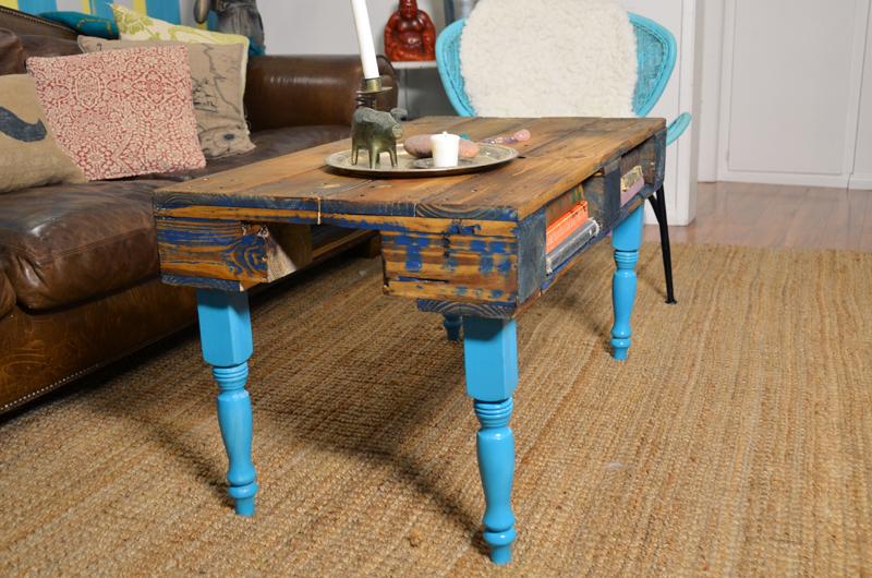 Необыкновенные столы своими руками 988