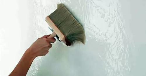 Обработка стен ванной от плесени и грибка
