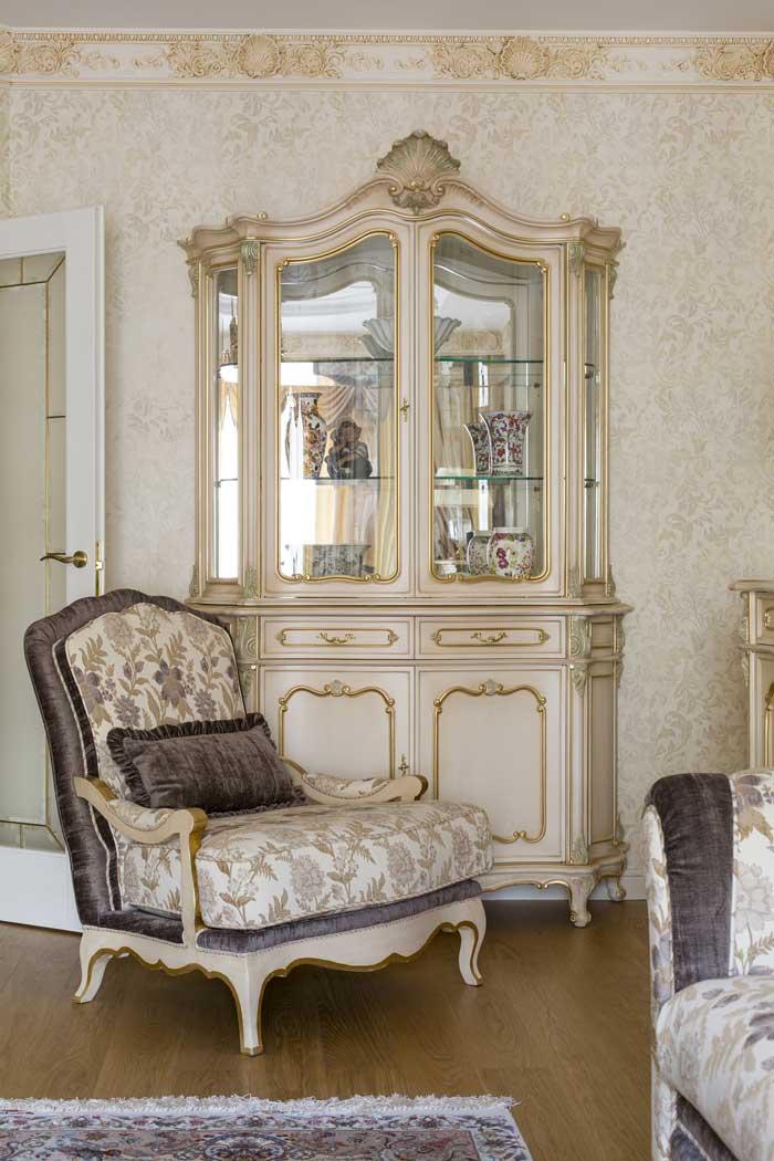 Интерьер светлой гостиной от Дмитрия Ларина