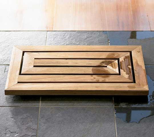 Маленький деревянный коврик