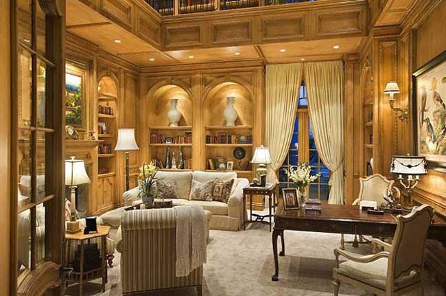 Дизайн гостиной в классическом стиле в золотистых тонах