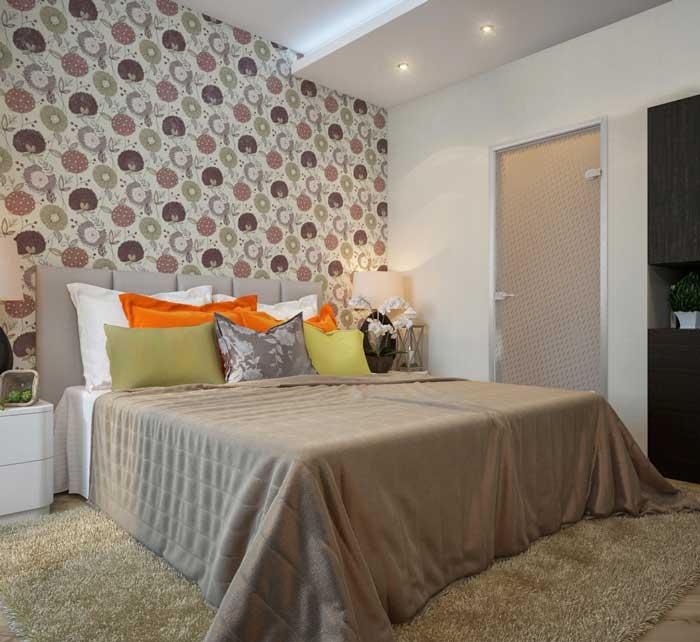 Маленькая спальня с комбинированными обоями. Дизайн интерьера