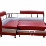 Красный угловой диван для маленькой кухни фото 4