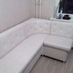 Угловой диван для кухни из кожзама фото 7
