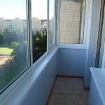 Балкон пластиковыми панелями. Фото