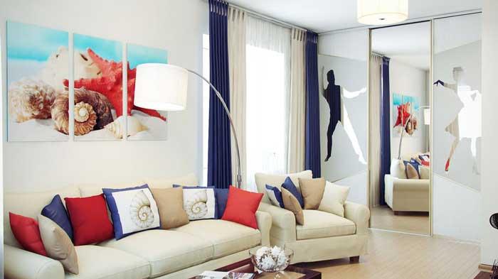 Белый диван в дизайне гостиной хрущевки. Фото 10