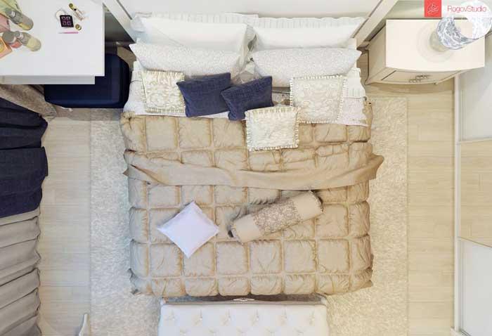 Вид спальни с верху. Фото 9