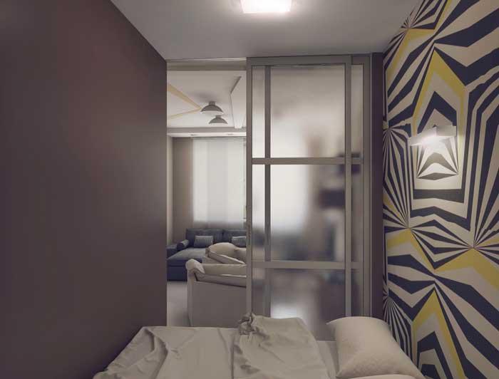 Отгороженная спальня декоративной перегородкой